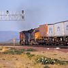 BNSF2004050004 - BNSF, East Goffs, CA, 5-2004