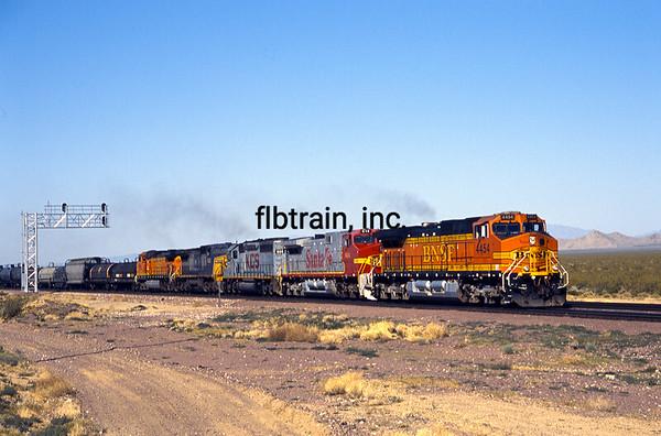 BNSF2004050050 - BNSF, East Goffs, CA, 5/2004