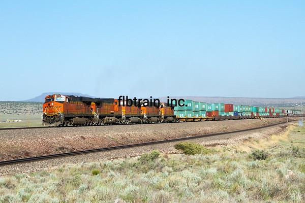 BNSF2012051204 -  BNSF, Seligman, AZ, 5/2012