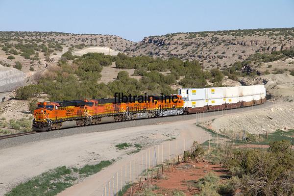 BNSF2012051843 - BNSF, Abo Canyon, NM, 5/2012