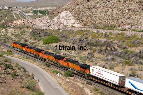 BNSF2012050110 - BNSF, Kingman, AZ, 5/2012