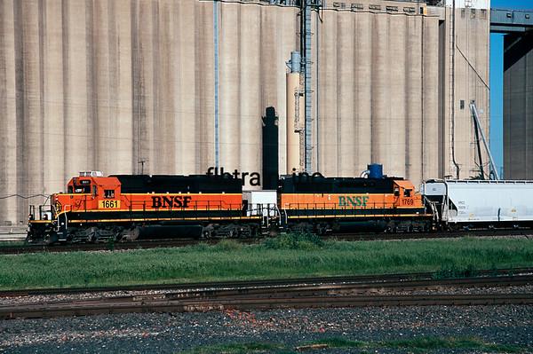BNSF2012040201 - BNSF, Saginaw, TX, 4/2012