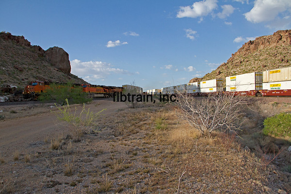 BNSF2012050814 - BNSF, Kingman, AZ, 5/2012