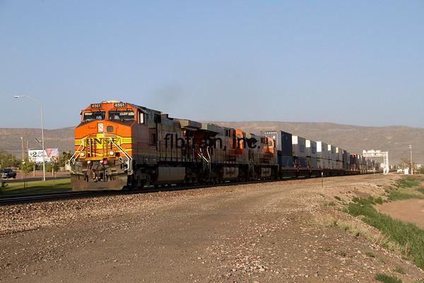 BNSF2012051582 - BNSF, Grants, NM, 5/2012