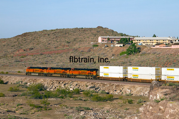 BNSF2012050051 - BNSF, Kingman, AZ, 5/2012