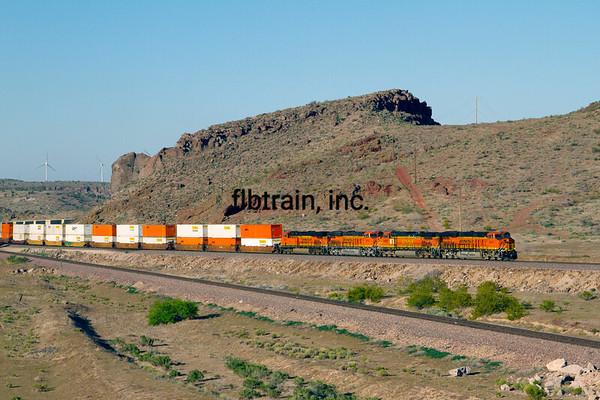 BNSF2012050257 - BNSF, Kingman, AZ, 5/2012