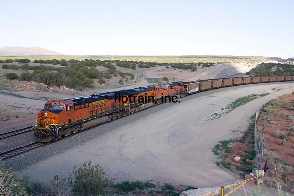 BNSF2012051811 - BNSF, Abo Canyon, NM, 5/2012