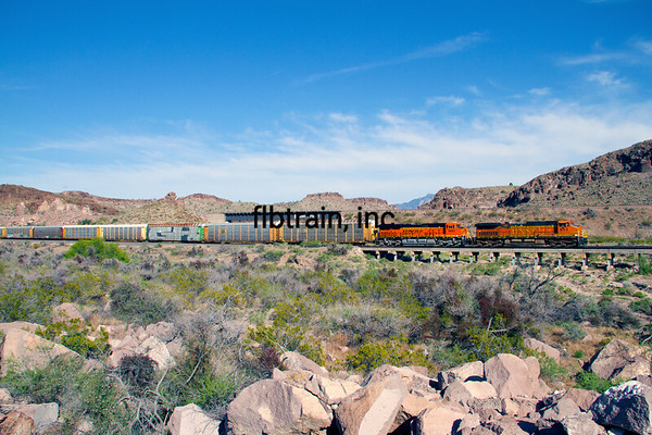 BNSF2012050048 - BNSF, Kingman, AZ, 5/2012