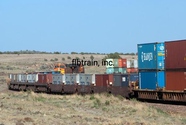 BNSF2012051299 - BNSF, Seligman, AZ, 5/2012