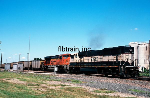 BNSF2012040112 - BNSF, Saginaw, TX, 4/2012