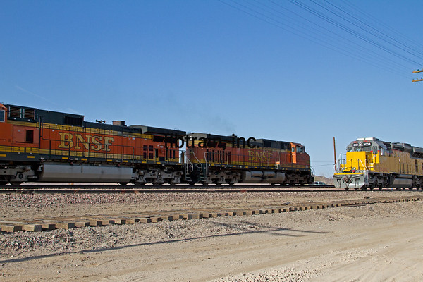 BNSF2012051118 - BNSF, Cadiz, CA, 5/2012