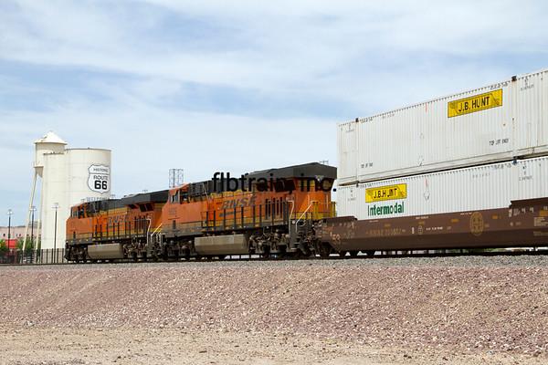 BNSF2012050155 - BNSF, Kingman, AZ, 5/2012