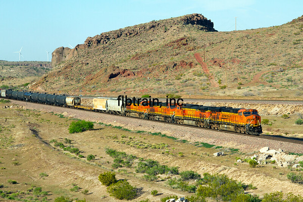 BNSF2012050391 - BNSF, Kingman, AZ, 5/2012