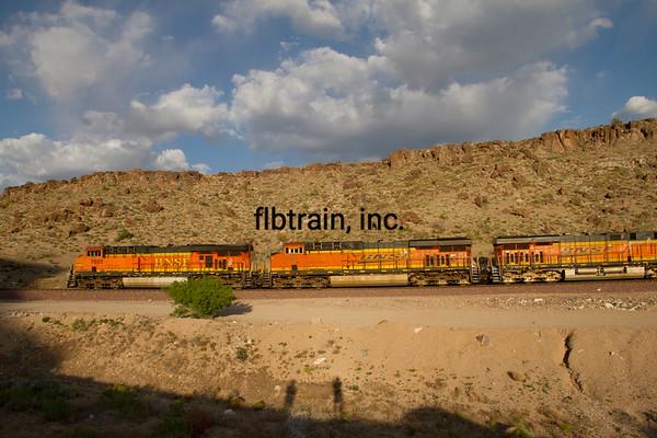 BNSF2012050827 - BNSF, Kingman, AZ, 5/2012