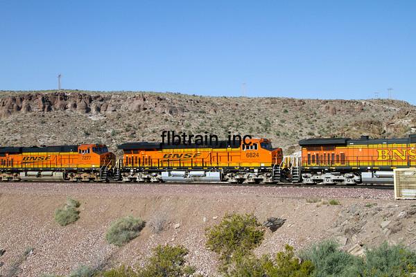 BNSF2012050767 - BNSF, Kingman, AZ, 5/2012
