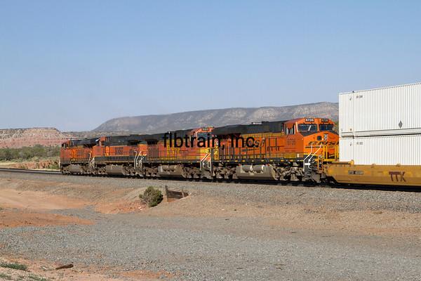 BNSF2012051905 - BNSF, Scolle, NM, 5/2012