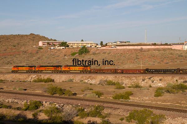 BNSF2012050333 - BNSF, Kingman, AZ, 5/2012
