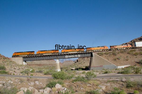 BNSF2012051015 - BNSF, Kingman, AZ, 5/2012