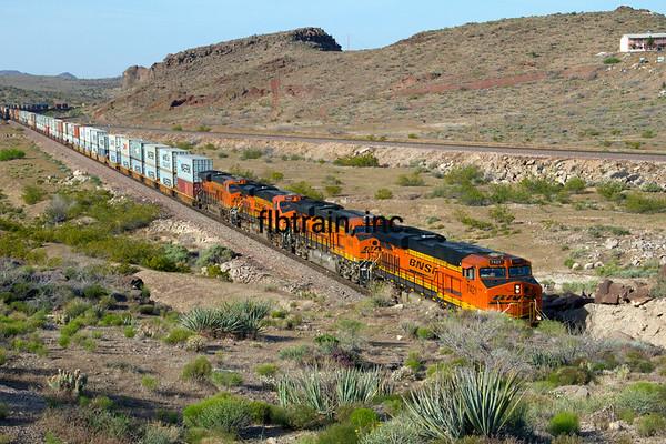BNSF2012050094 - BNSF, Kingman, AZ, 5/2012