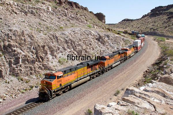 BNSF2012050699 - BNSF, Kingman, AZ, 5/2012