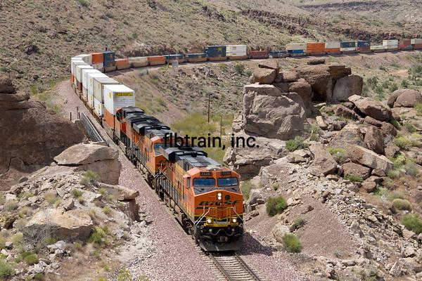 BNSF2012050130 - BNSF, Kingman, AZ, 5/2012