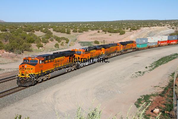 BNSF2012051838 - BNSF, Abo Canyon, NM, 5/2012