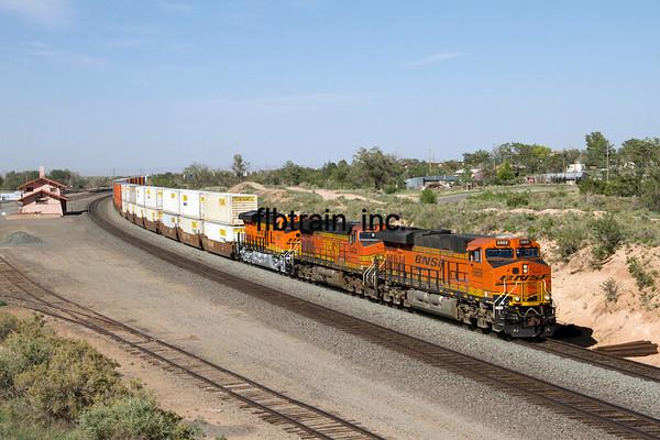 BNSF2012051758 - BNSF, Mountainair, NM, 5/2012