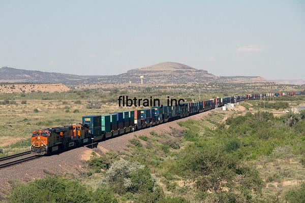 BNSF2012051646 - BNSF, McCarty's, NM, 5/2012