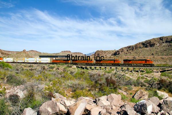 BNSF2012050019 - BNSF, Kingman, AZ, 5/2012
