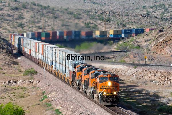 BNSF2012050086 - BNSF, Kingman, AZ, 5/2012