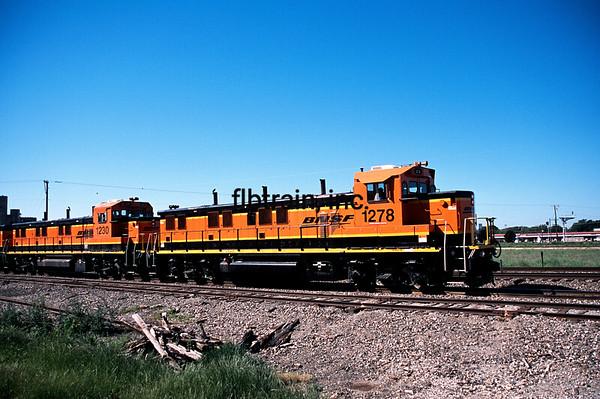 BNSF2012040001 - BNSF, Saginaw, TX, 4/2012