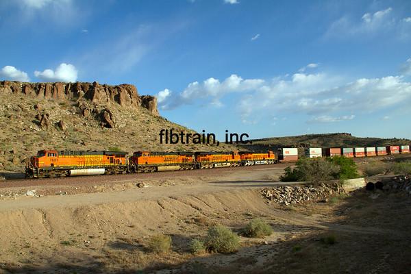 BNSF2012050823 - BNSF, Kingman, AZ, 5/2012