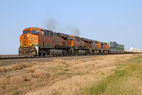 BNSF2012051928 - BNSF, Amarillo, TX, 5/2012