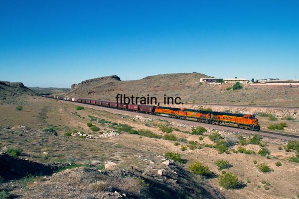 BNSF2012050277 - BNSF, Kingman, AZ, 5/2012