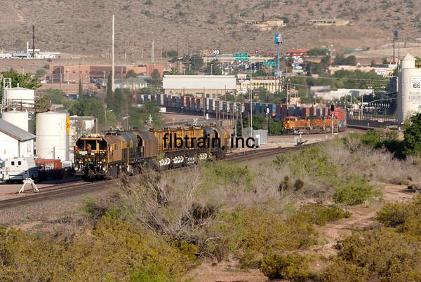 BNSF2012050962 - BNSF, Kingman, AZ, 5/2012