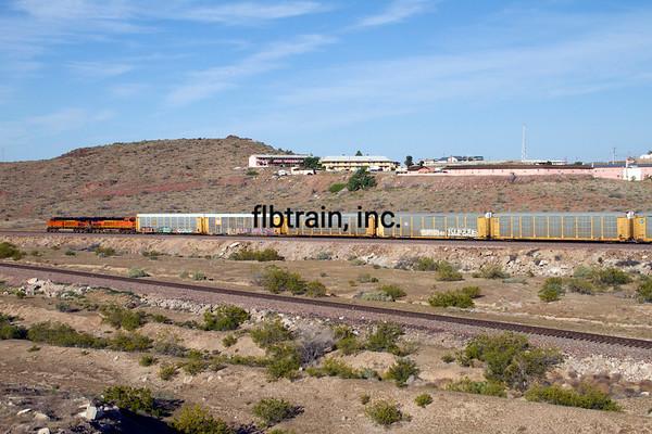 BNSF2012050385 - BNSF, Kingman, AZ, 5/2012