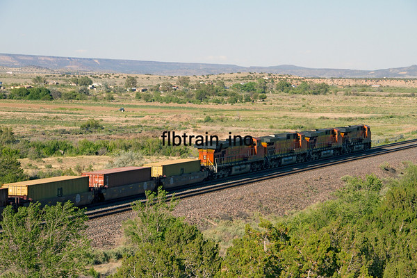 BNSF2012051660 - BNSF, McCarty's, NM, 5/2012