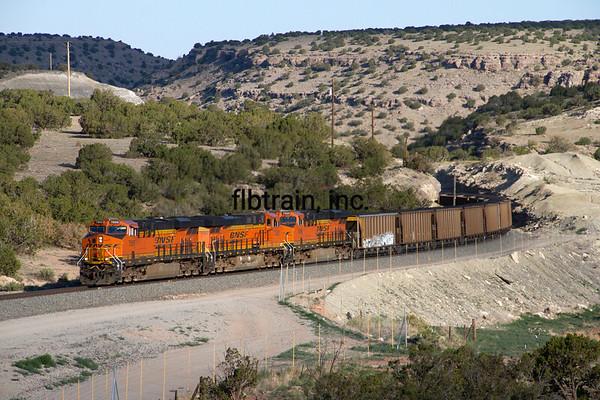 BNSF2012051808 - BNSF, Abo Canyon, NM, 5/2012