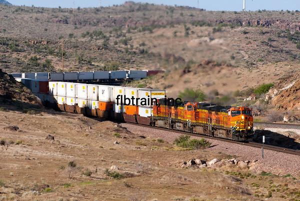 BNSF2012050362 - BNSF, Kingman, AZ, 5/2012