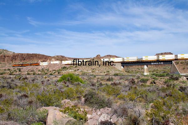 BNSF2012050026 - BNSF, Kingman, AZ, 5/2012