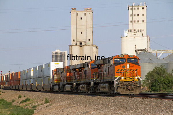 BNSF2012051937 - BNSF, Amarillo, TX, 5/2012