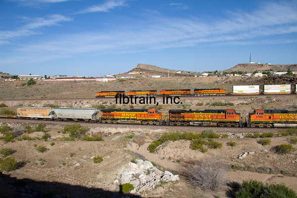 BNSF2012050414 - BNSF, Kingman, AZ, 5/2012