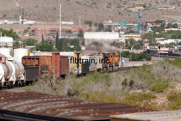 BNSF2012051046 - BNSF, Kingman, AZ, 5/2012