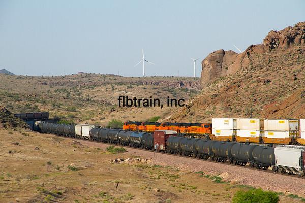 BNSF2012050417 - BNSF, Kingman, AZ, 5/2012