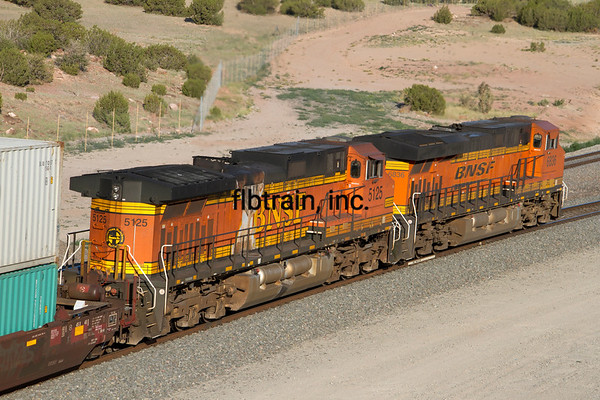BNSF2012051806 - BNSF, Abo Canyon, NM, 5/2012