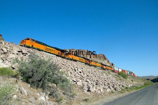 BNSF2012050989 - BNSF, Kingman, AZ, 5/2012