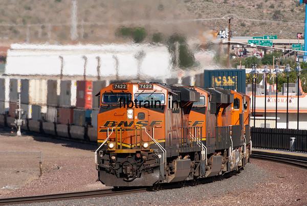 BNSF2012050683 -  BNSF, Kingman, AZ, 5/2012