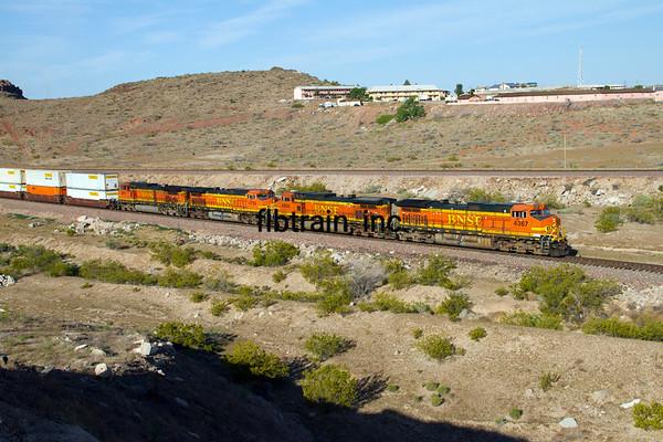 BNSF2012050374 - BNSF, Kingman, AZ, 5/2012