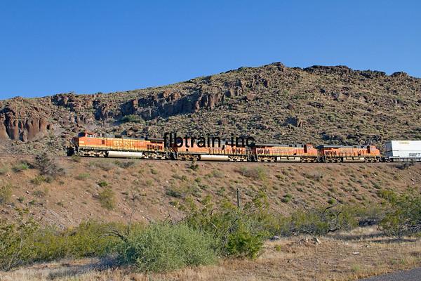 BNSF2012051022 - BNSF, Kingman, AZ, 5/2012