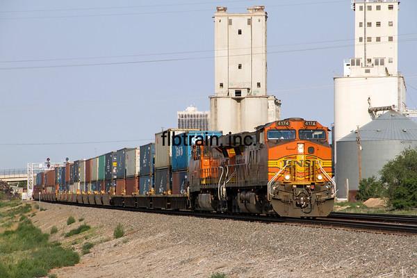 BNSF2012051963 - BNSF, Amarillo, TX, 5/2012
